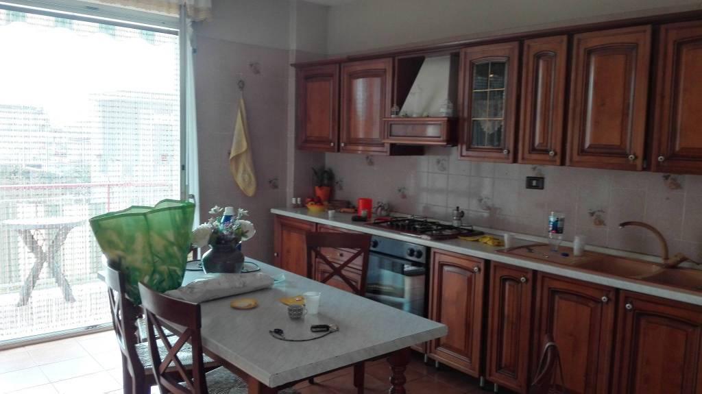 Appartamento in buone condizioni in vendita Rif. 4299272