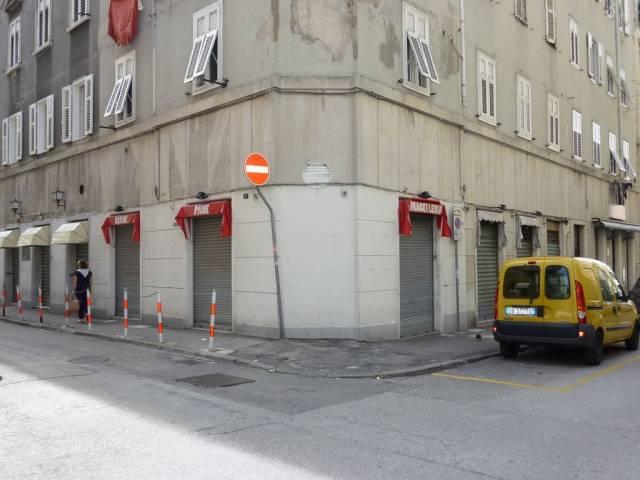 Immobile Commerciale in vendita a Trieste-https://res.getrix.it/media/ad/63547210/1/xs.jpg