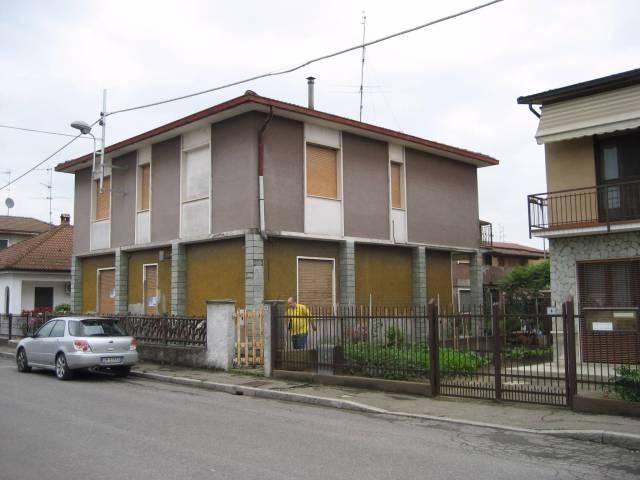 Villa 6 locali in vendita a Pizzighettone (CR)