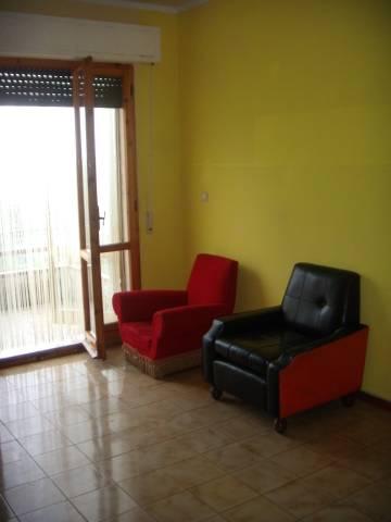 Appartamento in vendita Rosora 43.000