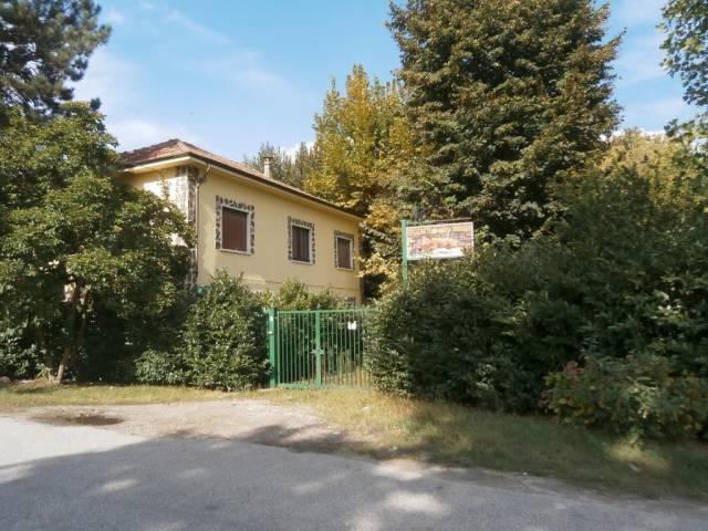 Negozio 6 locali in vendita a Vigevano (PV)