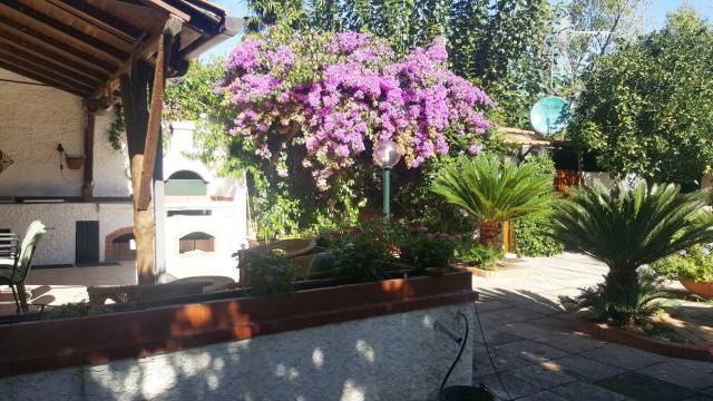 Rustico / Casale in buone condizioni in vendita Rif. 4445262