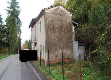 Rustico / Casale da ristrutturare in vendita Rif. 9195880