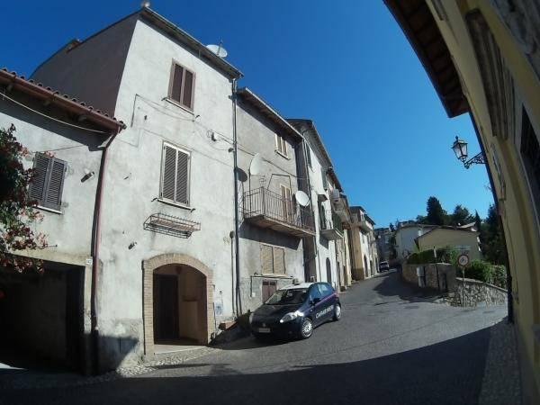 Quadrilocale in affitto a Poggio San Lorenzo in Via Roma