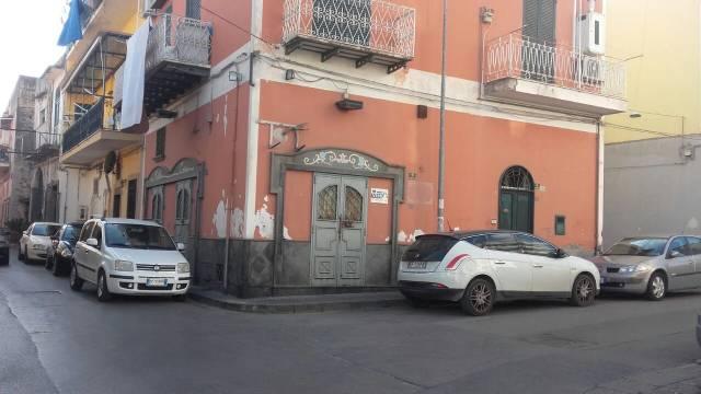 Appartamento in buone condizioni in vendita Rif. 7043256