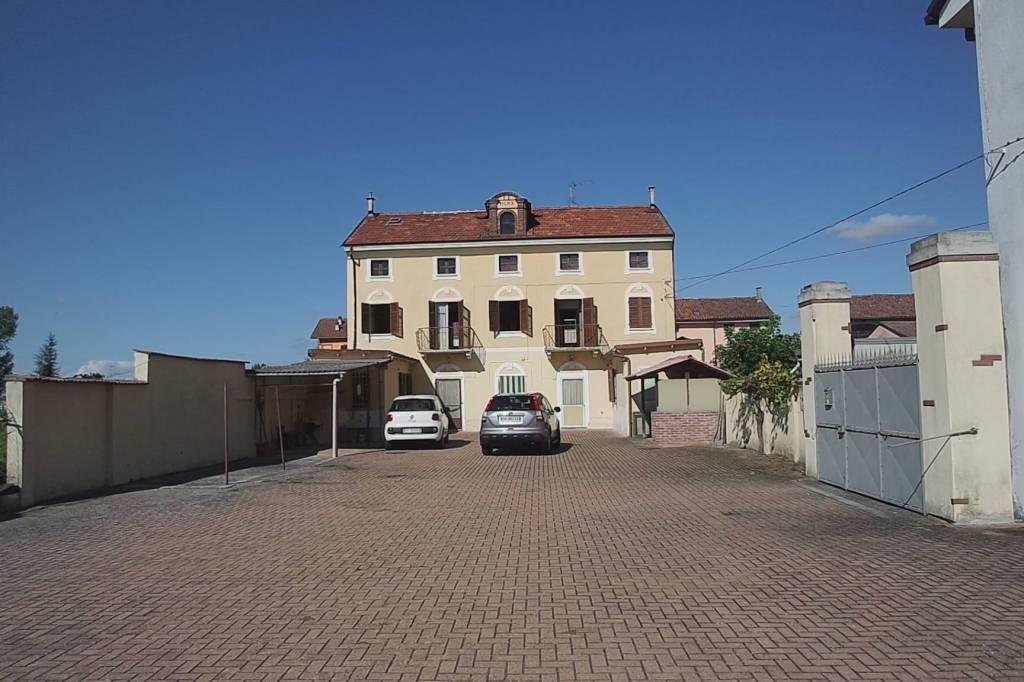 Soluzione Indipendente in vendita a Desana, 6 locali, prezzo € 95.000 | CambioCasa.it