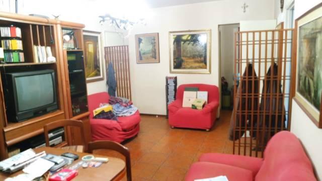 Appartamento in vendita a Vercelli, 3 locali, prezzo € 58.000 | CambioCasa.it