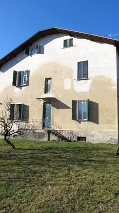 Appartamento in vendita a Arona, 3 locali, prezzo € 60.000 | CambioCasa.it