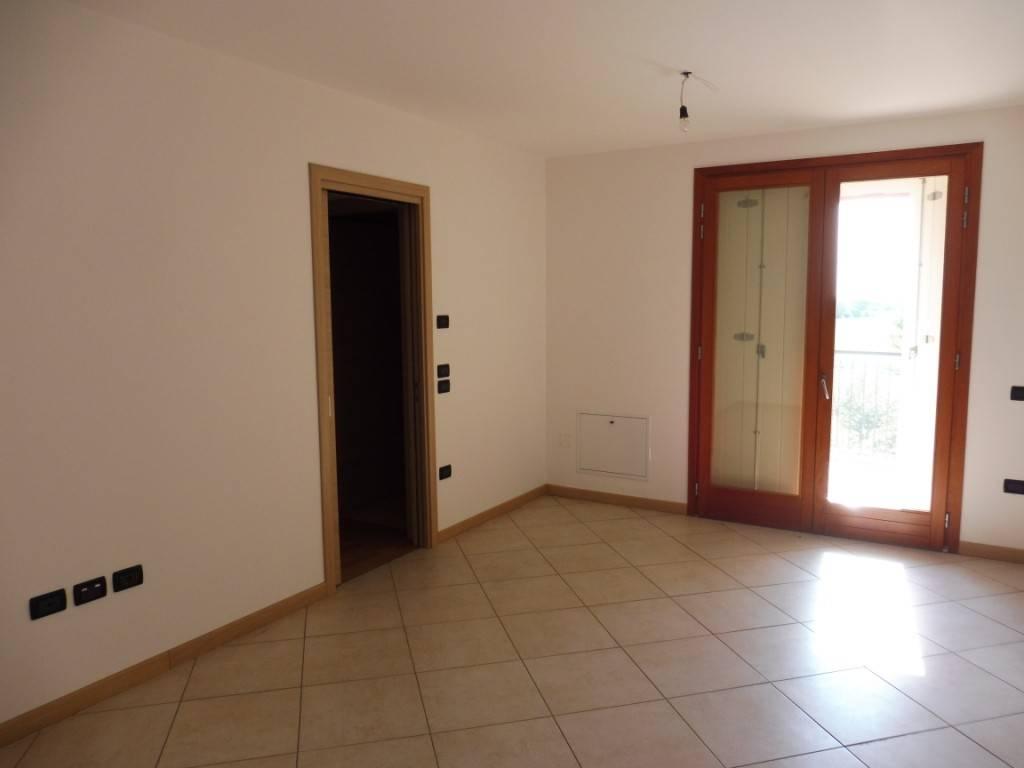 Appartamento in ottime condizioni in vendita Rif. 4848198