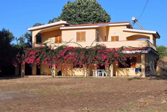 Graziosissima villa in vendita a Capo Vaticano