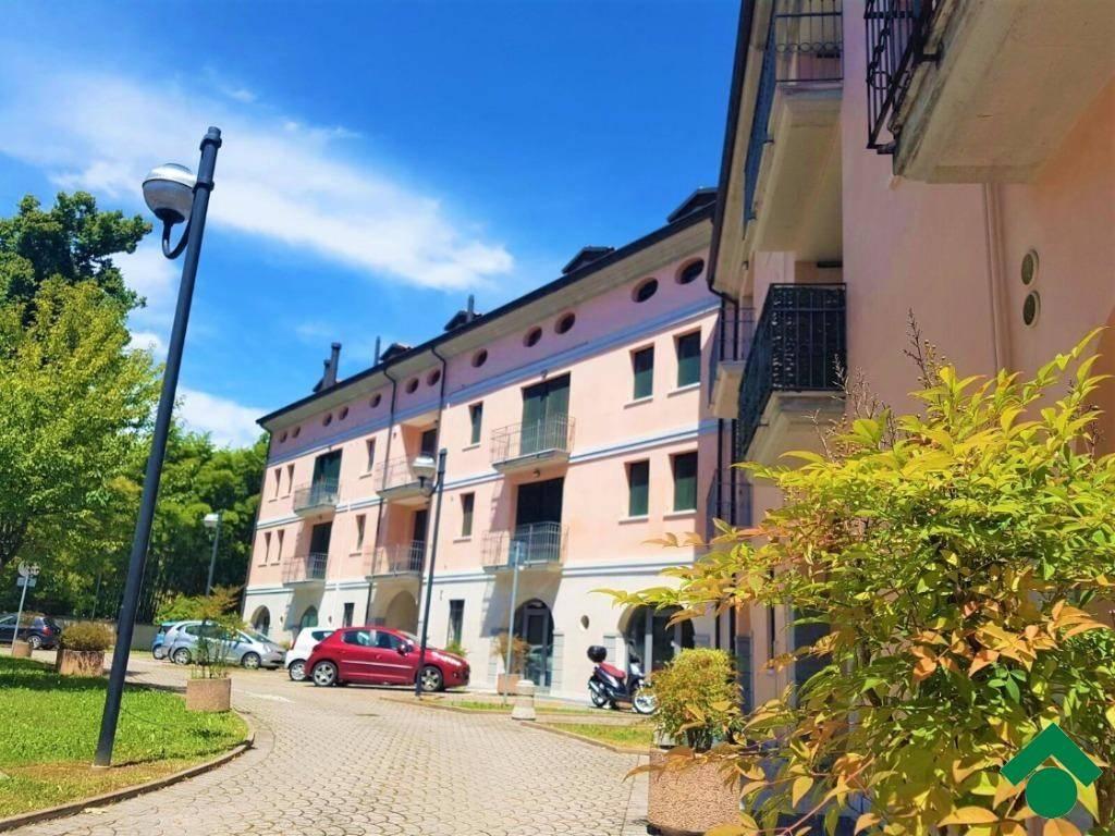 Appartamento arredato in vendita Rif. 9161999
