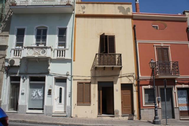 Casa Indipendente in buone condizioni in vendita Rif. 5302462