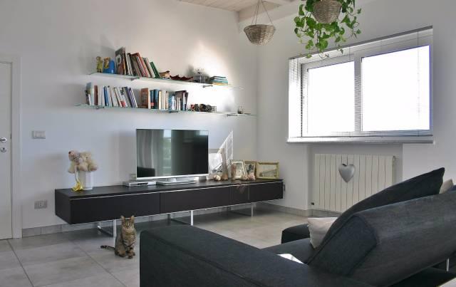 Attico / Mansarda in ottime condizioni parzialmente arredato in vendita Rif. 4244671