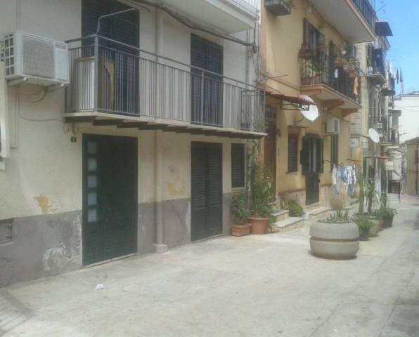 Appartamento in Vendita a Monreale Periferia: 3 locali, 60 mq