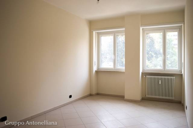 Immobile Residenziale in Vendita a Torino  in zona Semicentro Ovest