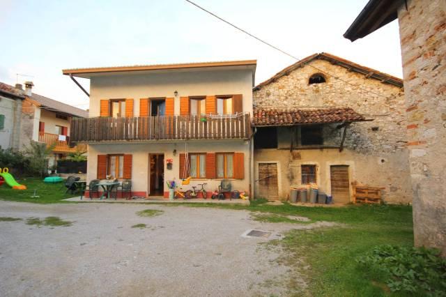 Casa indipendente trilocale in vendita a San Gregorio nelle Alpi (BL)