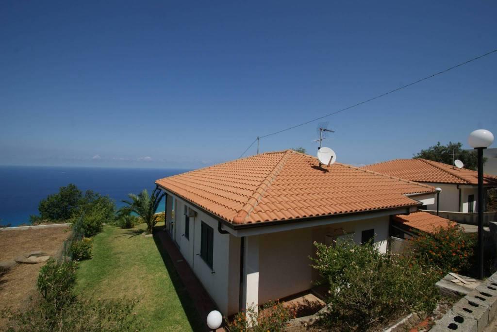Villa in ottime condizioni arredato in vendita Rif. 4233611