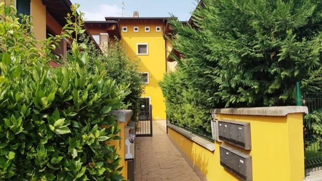 Appartamento in ottime condizioni in vendita Rif. 4488363