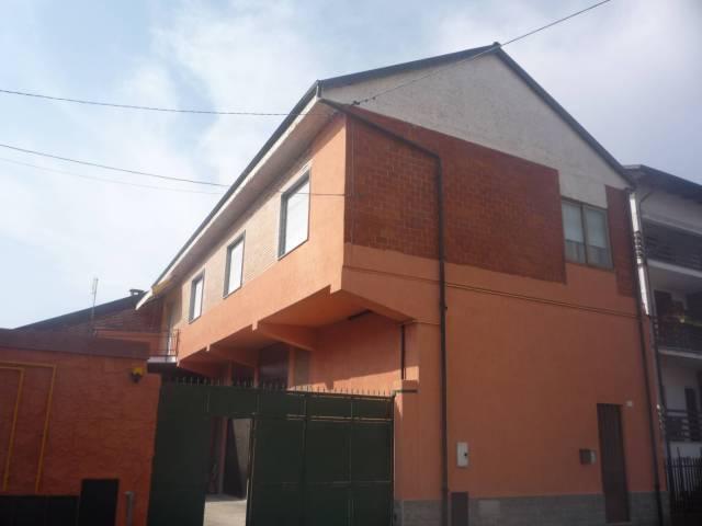 Appartamento in affitto a Foglizzo, 4 locali, prezzo € 400 | CambioCasa.it