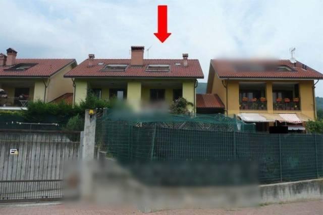 Villa a Schiera in vendita a Rocca Canavese, 5 locali, prezzo € 95.000 | CambioCasa.it