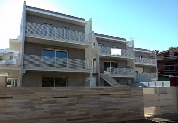 Villa in vendita Rif. 6710618