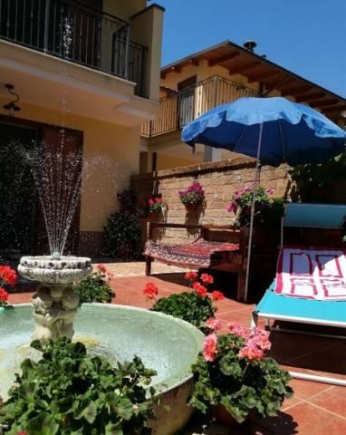 Villa in buone condizioni in vendita Rif. 6710622