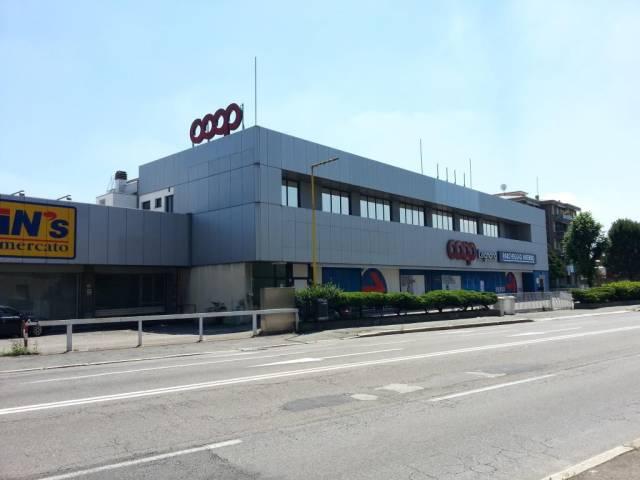 Ufficio / Studio in affitto a Legnano, 6 locali, prezzo € 4.000 | PortaleAgenzieImmobiliari.it