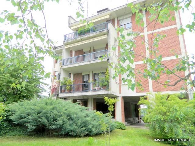 Appartamento in Vendita a Asti Semicentro: 4 locali, 96 mq