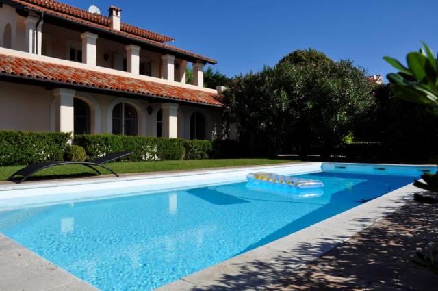 Villa in Vendita a San Remo Periferia Nord: 5 locali, 465 mq