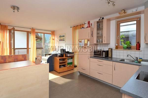 Appartamento in buone condizioni parzialmente arredato in vendita Rif. 4360658