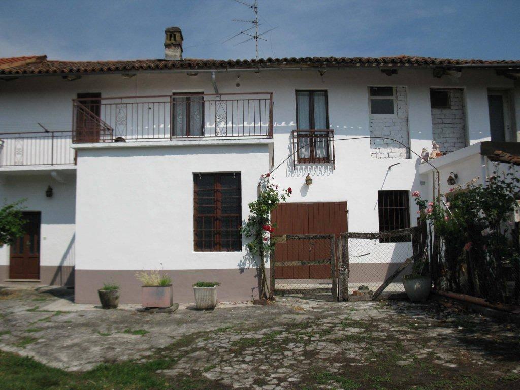 Rustico / Casale in vendita a Cavagnolo, 6 locali, prezzo € 25.000 | CambioCasa.it