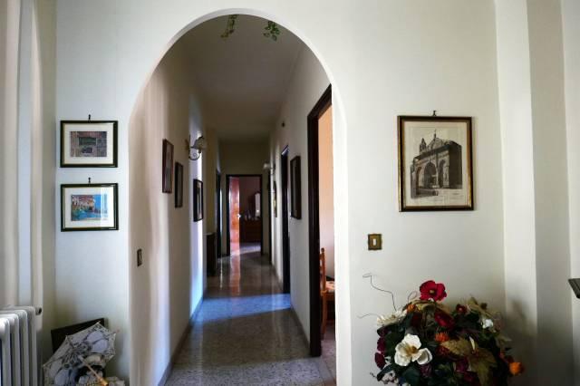 Appartamento 5 locali in vendita a Montefiascone (VT)