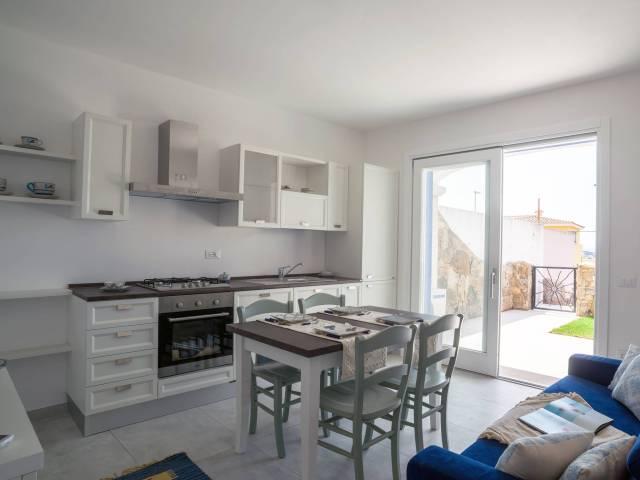 Appartamento trilocale in vendita a Valledoria (SS)
