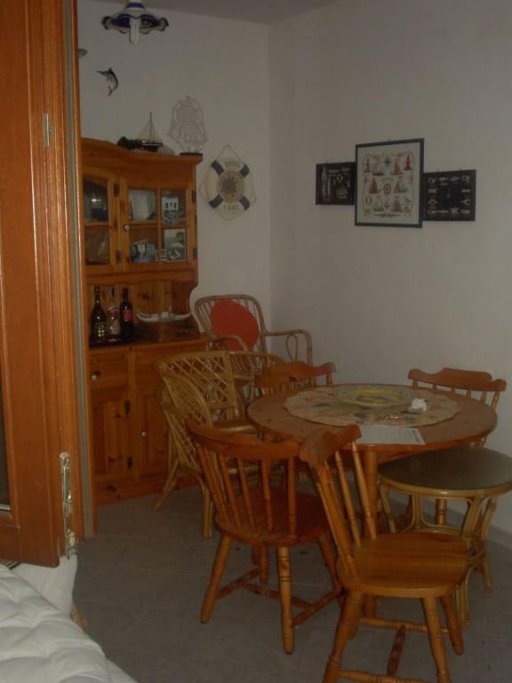 LEVANZO – Immobile indipendente, p.t. + 1°p oltre terrazza, mq 120 compless., perfette condizioni. , foto 2