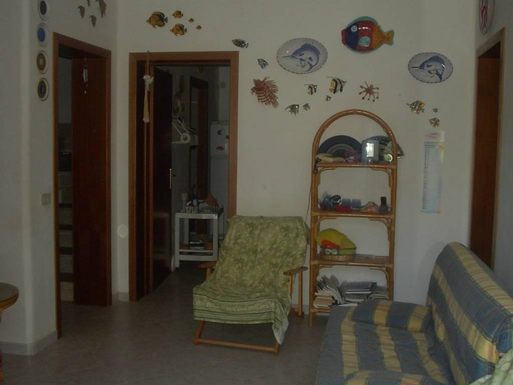 LEVANZO – Immobile indipendente, p.t. + 1°p oltre terrazza, mq 120 compless., perfette condizioni. , foto 4