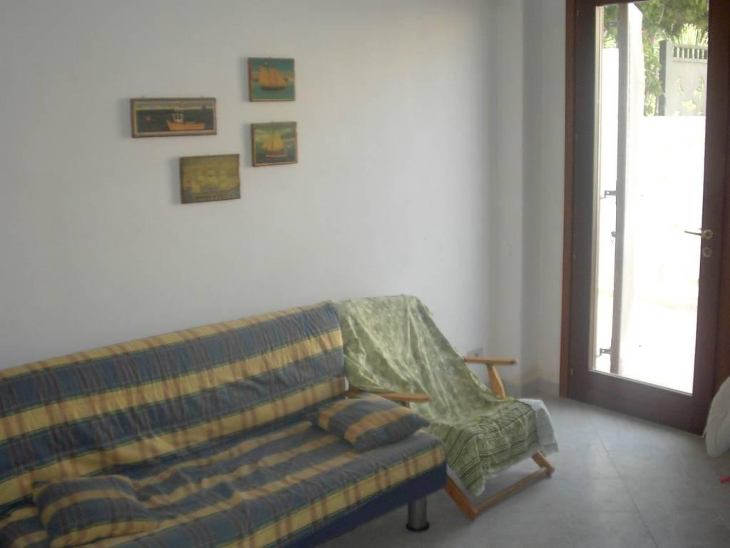 LEVANZO – Immobile indipendente, p.t. + 1°p oltre terrazza, mq 120 compless., perfette condizioni. , foto 5