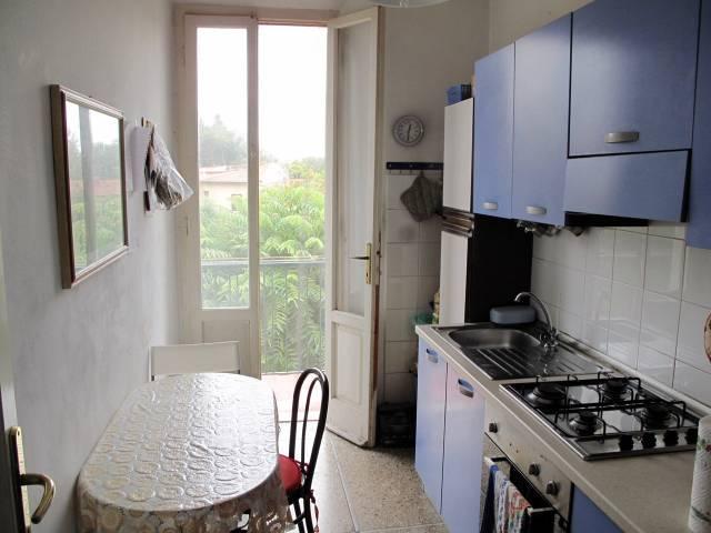 Stanza - Camera in Affitto  zona San Antonio Rif.10772837