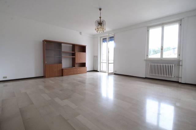 Appartamento in ottime condizioni parzialmente arredato in vendita Rif. 4334275