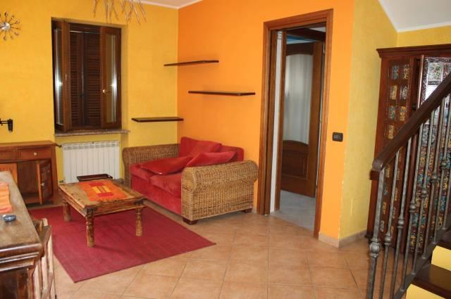 Appartamento in Affitto a Gassino Torinese: 3 locali, 80 mq