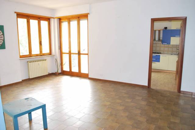 Appartamento in affitto a Corneliano d'Alba, 5 locali, prezzo € 400 | Cambio Casa.it
