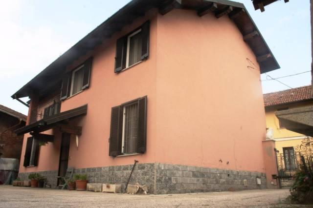 Villa in buone condizioni in vendita Rif. 4254141