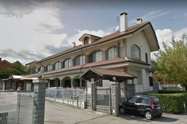 Appartamento in vendita a Alpignano, 3 locali, prezzo € 130.000   CambioCasa.it