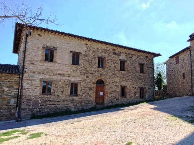 Casa Indipendente in buone condizioni in vendita Rif. 4375199