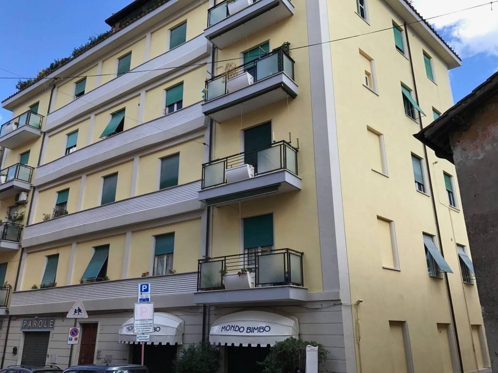Appartamento da ristrutturare in vendita Rif. 8381551