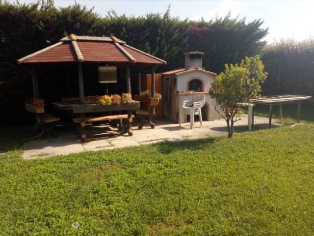 Rustico / Casale in ottime condizioni parzialmente arredato in vendita Rif. 4256941