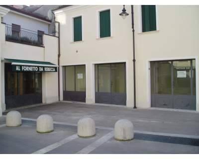 Negozi a Rovigo - Via Silvestri