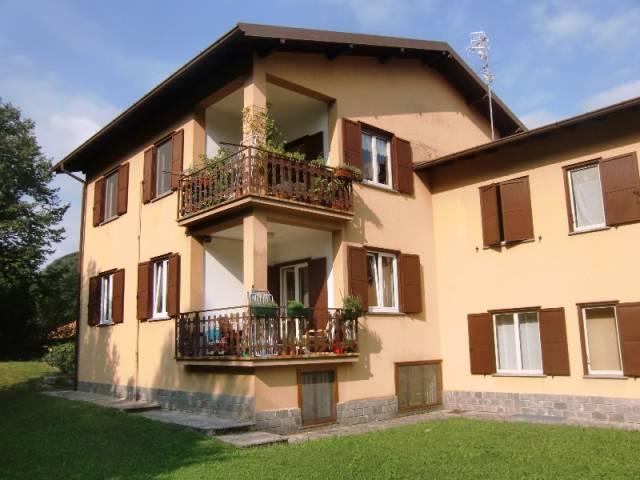 Appartamento in ottime condizioni in vendita Rif. 4428846