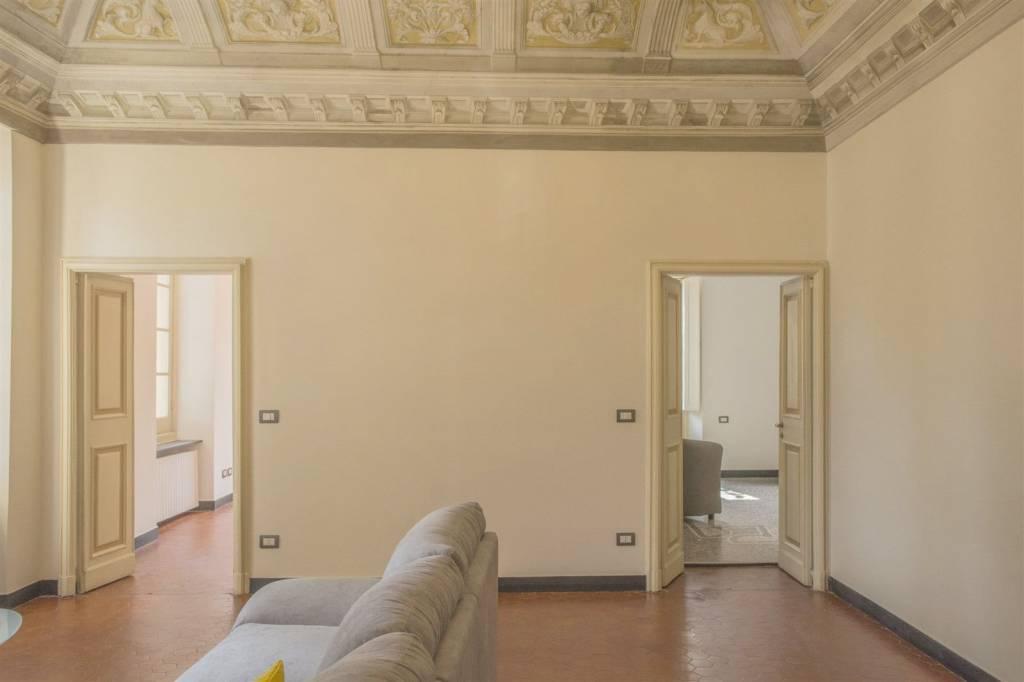 Appartamento in ottime condizioni arredato in affitto Rif. 6947817