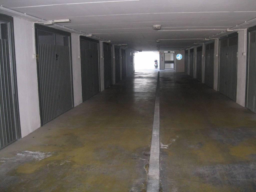 Attività commerciale in affitto Rif. 8327997