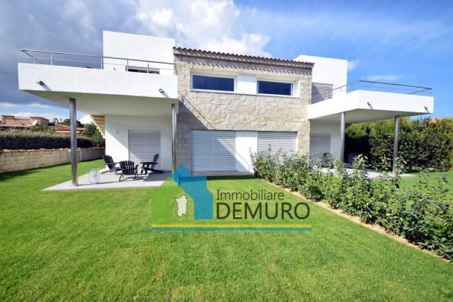 Villa in Vendita a Olbia: 5 locali, 235 mq